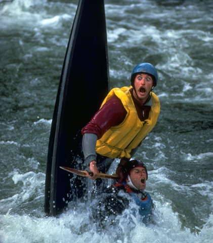 566-canoeists-scared-faces