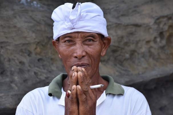 Tanah Lot Priest 2